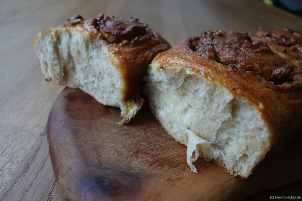 Ahornsirup-Walnuss-Schnecken